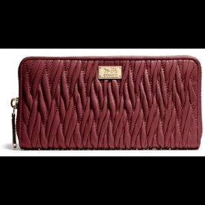 MADISON ACCORDION ZIP AROUND WALLET TWIST LEATHER